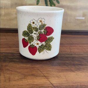 Strawberry sugar container